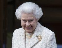 La curiosa y sorprendente costumbre navideña de Isabel II: pesar a sus invitados antes y después de la cena