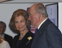 Los Reyes Juan Carlos y Sofía vuelven a unirse: de celebrar la Constitución a llorar una muerte