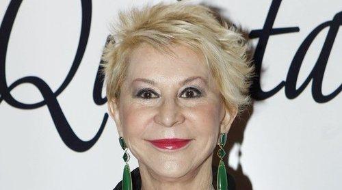 Karmele Marchante presenta 'Puta no se hace' con el apoyo de Manuela Carmena
