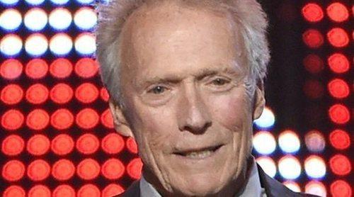 Clint Eastwood presenta formalmente a su hija secreta de 64 años