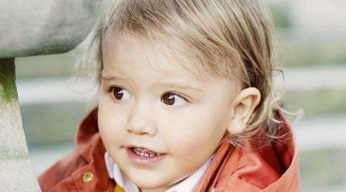 Alejandro de Suecia, un principito adorable en su primera recogida del árbol de Navidad para la Familia Real Sueca