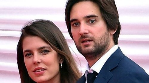Carlota Casiraghi y Dimitri Rassam llevan a su hijo Balthazar al hospital