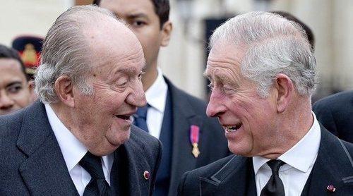 El Rey Juan Carlos, el Príncipe Carlos y otros royals infieles: de las 'amigas entrañables' al 'tampax-gate'