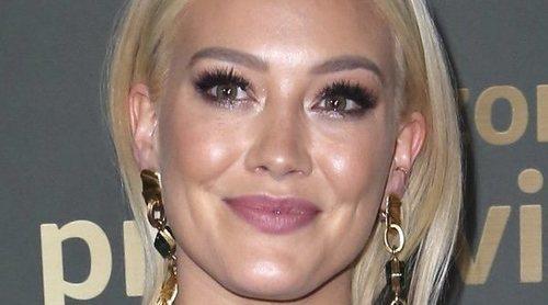 Hilary Duff presume de cuerpazo postparto junto a Matthew Koma en los Globos de Oro 2019