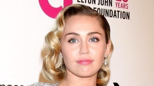 Tras los rumores, Miley Cyrus rompe su silencio y desmiente su embarazo de una forma muy original