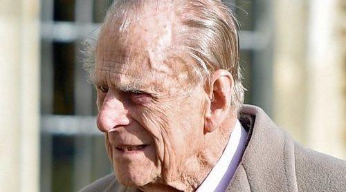 El Duque de Edimburgo pide perdón tras provocar un accidente: 'Lo lamento profundamente'
