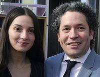 El orgullo de María Valverde por su marido Gustavo Dudamel tras conseguir la estrella en el Paseo de la Fama