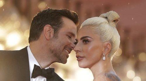 Lady Gaga y Bradley Cooper cantan por sorpresa 'Shallow' en un show en Las Vegas
