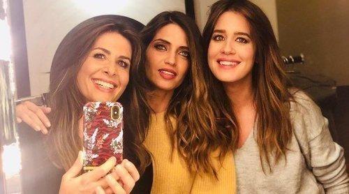 Sara Carbonero se reencuentra con sus amigas Isabel Jiménez y Nuria Roca durante su visita a Madrid