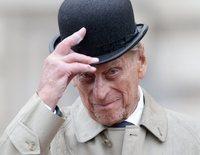 """El Duque de Edimburgo responde a sus fans tras su accidente: """"Gracias por tomarse la molestia de escribir"""""""
