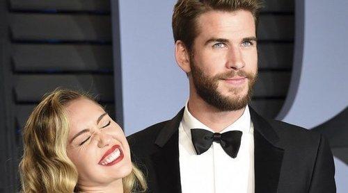 Miley Cyrus se cambia el apellido al de su marido, Liam Hemsworth
