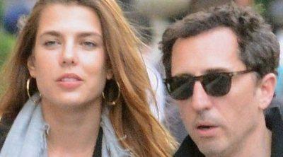 El tenso reencuentro de Carlota Casiraghi y Gad Elmaleh en París
