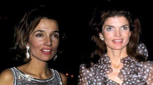 Lee Radziwill y Jackie Kennedy: dos hermanas enfrentadas por los hombres, el dinero y el poder