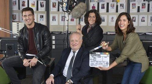 Maxi Iglesias, Juan Echanove, Elvira Mínguez y Michelle Calvó protagonizan la primera imagen de 'Desaparecidos'