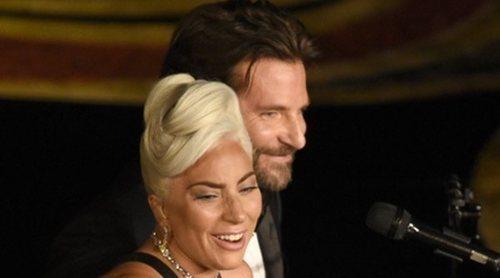 La exmujer de Bradley Cooper aclara su polémico comentario sobre el romance con Lady Gaga