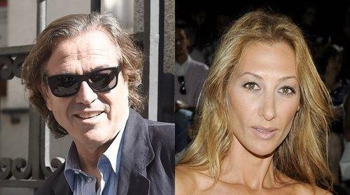 Mónica Pont y Pepe Navarro, pillados en Ibiza en actitud cariñosa