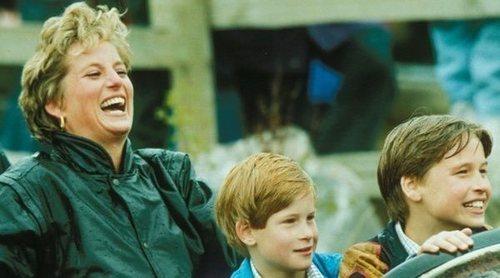 Así educó Lady Di educó al Príncipe Guillermo y al Príncipe Harry para que no hubiera diferencias entre ellos