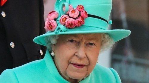 La Reina Isabel pone en su sitio al Príncipe Harry y Meghan Markle