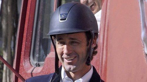 Álvaro Muñoz Escassi aclara el malentendido sobre su cambio físico: 'He tenido una reacción alérgica al sol'