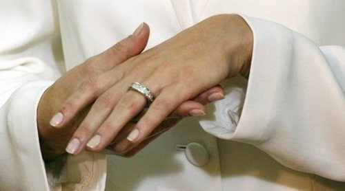Los 8 anillos de compromiso más caros de las celebrities
