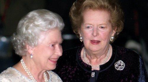 Así fue la relación de la Reina Isabel y Margaret Thatcher: entre errores de protocolo, diferencias ideológicas y bromas