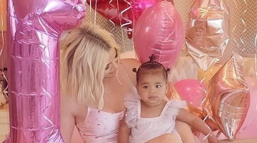 La increíble fiesta del primer cumpleaños de True Thompson: Khloe Kardashian se desvive por su hija