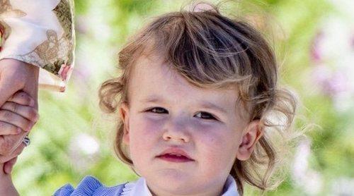 La tierna fotografía con la que el Príncipe Alejandro de Suecia celebra su tercer cumpleaños