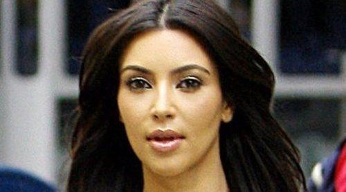 Kim Kardashian se ve obligada a explicar cómo se filtra el agua por su lavabo