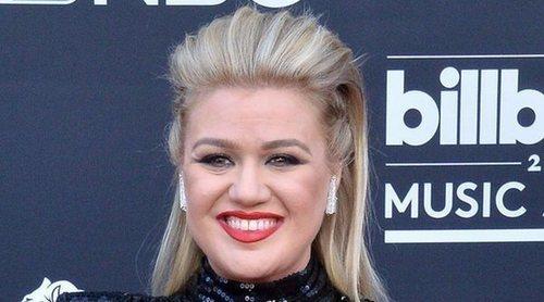 Kelly Clarkson, operada de apendicitis después de los Billboard Music Awards 2019