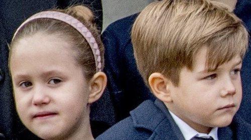 Los hijos de Federico y Mary de Dinamarca, rotos de dolor en el funeral de los hijos del dueño de ASOS