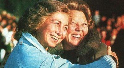 Así son y así se llevan las amigas royals de la Reina Sofía: de Noor de Jordania a Beatriz de Holanda