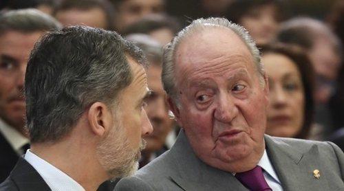 El Rey Felipe y el Rey Juan Carlos, humillados por error en Italia por un coro infantil