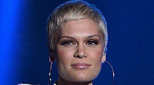Jessie J reconoce que su tatuaje está mal escrito: a ella no le importa