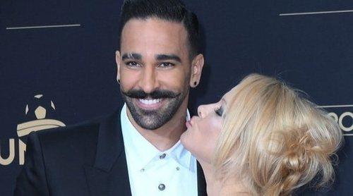 Pamela Anderson aparece impresionante junto a su novio Adil Rami en la fiesta del fútbol de París