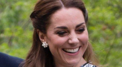 La Reina Isabel, el Príncipe Guillermo y Beatriz de York, el mejor apoyo para Kate Middleton en Chelsea Flower Show