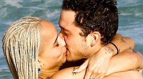 Zoë Kravitz y Karl Glusman se casan en secreto