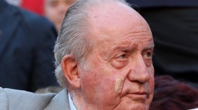 Los misteriosos apósitos del Rey Juan Carlos en la cara y el cuello
