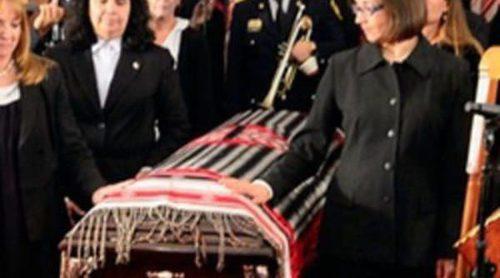 México despide con lágrimas, flores y mariachis a Chavela Vargas en un multitudinario homenaje