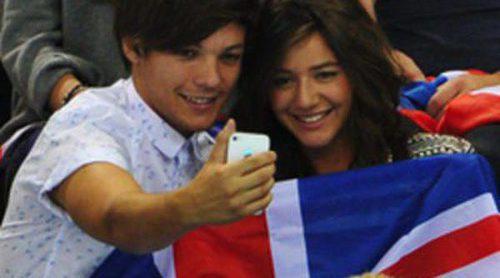 Louis Tomlinson y su novia, Eleanor Calder, derrochan amor en los Juegos Olímpicos de Londres 2012