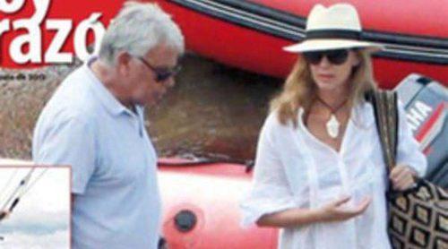 Felipe González y Mar García Vaquero disfrutan de su luna de miel en Ibiza