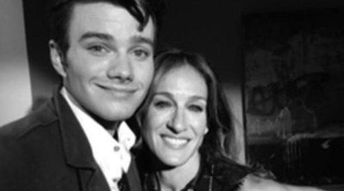 Se publica la primera imagen de Chris Colfer y Sarah Jessica Parker en el rodaje de 'Glee'