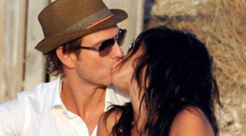 Javier Cárdenas y Paula Prendes derrochan pasión a bordo de un yate en Ibiza