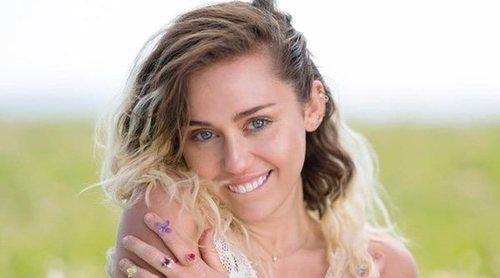 Miley Cyrus ahora vende condones a 20 dólares la unidad