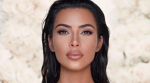 Kim Kardashian comparte la primera foto de la cara de Palsam Ye (y es idéntico a ella)