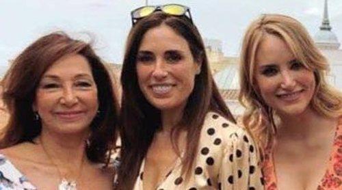 Ana Rosa Quintana se va de fiesta con Carme Chaparro, Sonsoles Ónega o Chabelita Pantoja