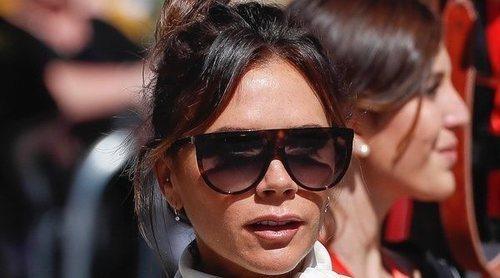 Victoria Beckham se saltó la prohibición de no usar el móvil en la boda de Sergio Ramos y Pilar Rubio