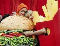 Taylor Swift y Katy Perry: del odio al amor tras un abrazo y un plato de galletas