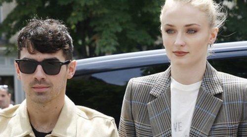 Joe Jonas y Sophie Turner y Nick Jonas y Priyanka Chopra, cita para cuatro en París