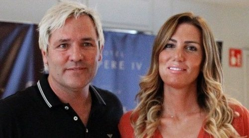 Santiago Cañizares y Mayte García emprenden un proyecto contra el cáncer  infantil tras la muerte de su hijo