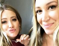Cantan, actúan... Así son y así se llevan Hailey y Hilary Duff, dos hermanas muy polifacéticas